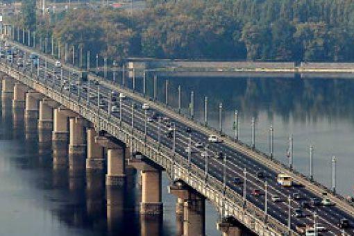 Як ремонтуються і будуються українські мости?